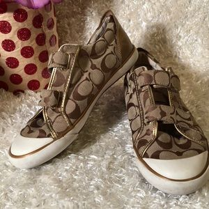 💕COACH sneakers 👟 YES..!!! 💕